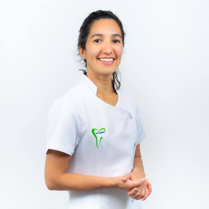 Dorita Ospina, Praktijkeigenares