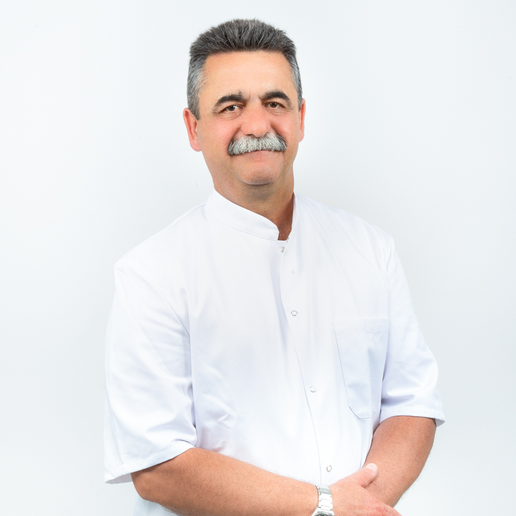 Hernando Giordanelli, Praktijkeigenaar